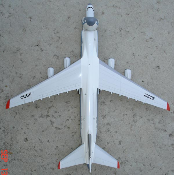 # zhopa039b An-124 with fuselage Tu-204 additional images in details