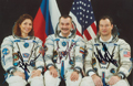 # soy096 Soyuz TMA-9 crew signed photos