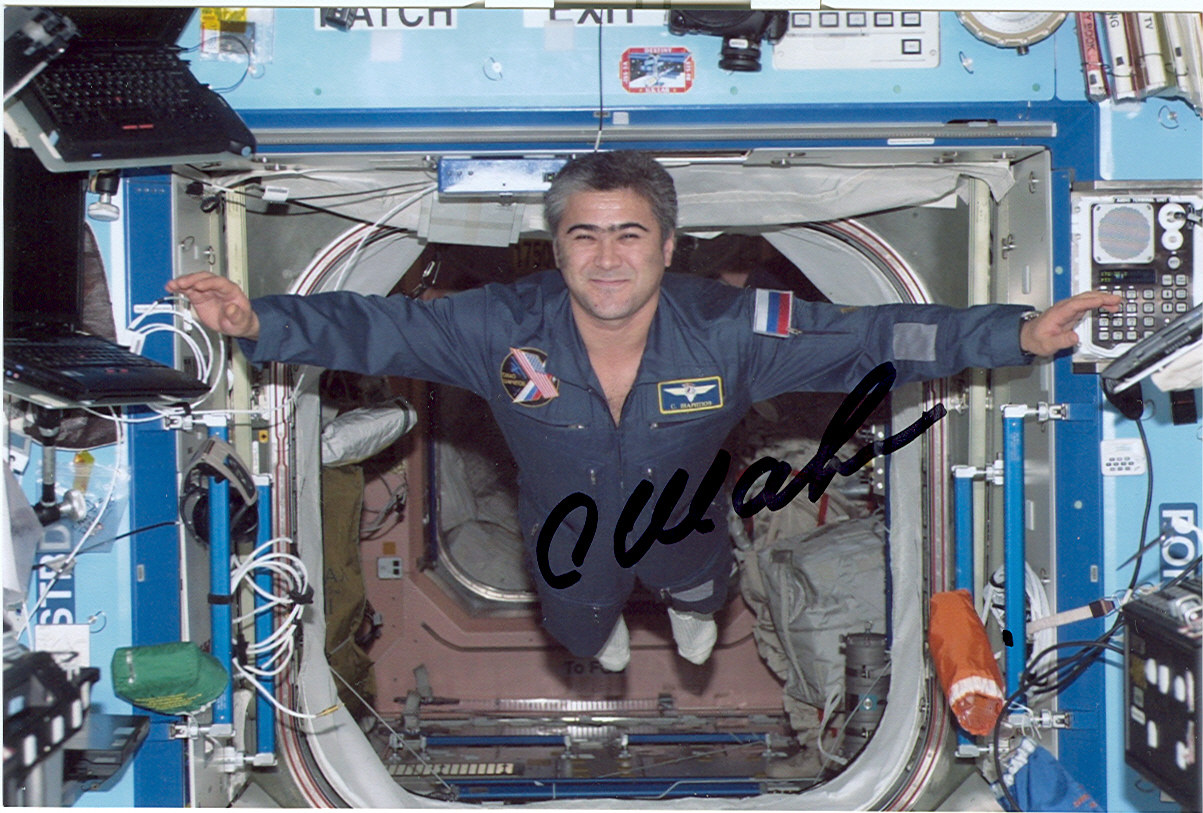 # soy098 Cosmonaut Sharipov on ISS