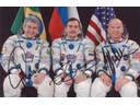 # cspc099b Soyuz TMA-8 crew signed photo
